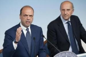 Angelino Alfano e il capo della polizia, Alessandro Pansa