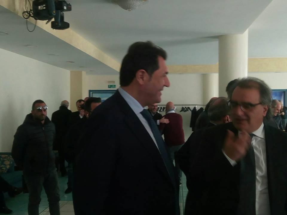 Ernesto sica in campo con forza italia vince il territorio vince forza italia agenda for Deputati forza italia